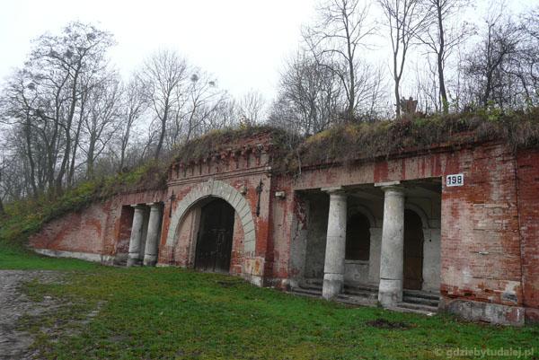 Brama Poniatowskiego (XIX).