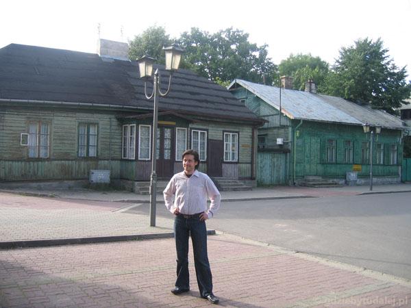 Drewniane domy na Starym Rynku (sendomierskim).