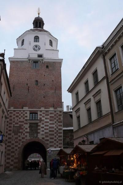 Rzut oka na Bramę Krakowską z drugiej strony