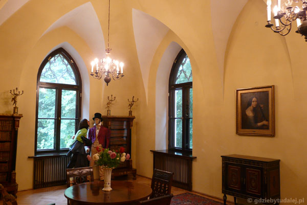 Wnętrza mieszczą Muzeum Romantyzmu.