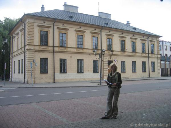 Klasycystyczny budynek dawnego starostwa, poł. XIX w.