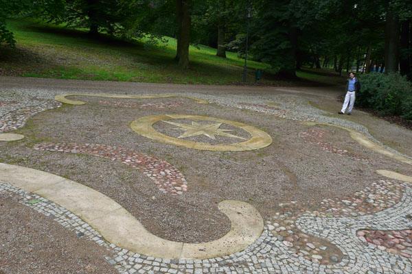 Mozaika parkowa.