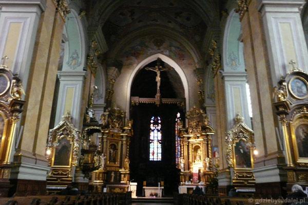 Wnętrze przemyskiej katedry.