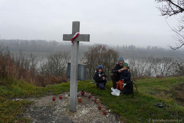 Krzyż poświęcony pamięci Powstańców Styczniowych.