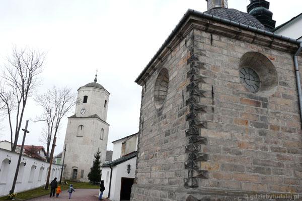 Kościół farny Wniebowzięcia NMP (przeb. XVI-XVII).