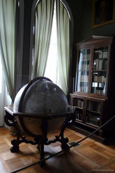 Globus z XVII w.