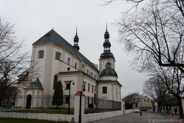 Barokowa Bazylika Wniebowzięcia - mauzoleum prymasów Polski.