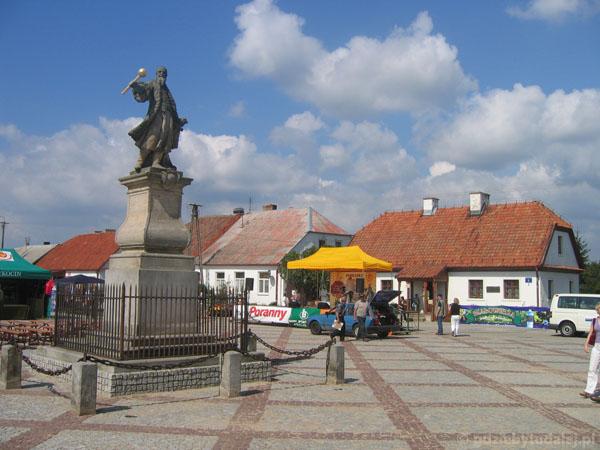 Najstarszy świecki pomnik