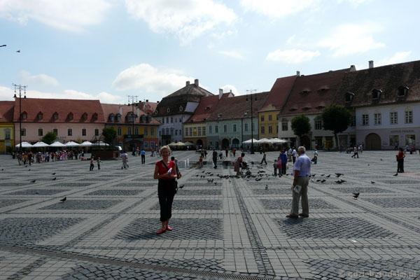 Piata Mare (Duży Rynek).