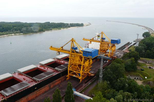 Widoki na port w Świnoujściu.