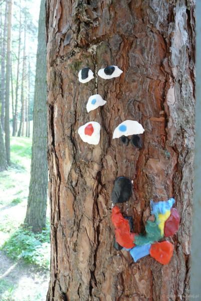 Drzewo się do nas uśmiechało.