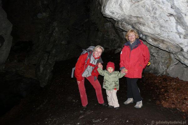 Jaskinia Dziura.