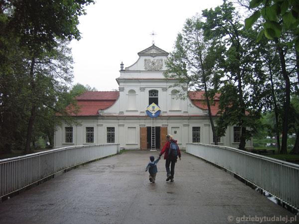 Zwierzyniec, kościół na wodzie, XVII w.