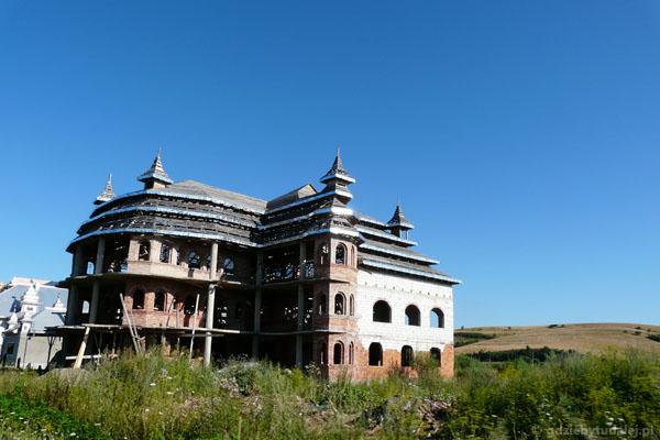 Pałace w Huedin.
