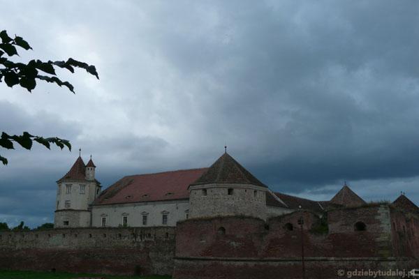 Fogarasz - średniowieczny zamek warowny, XIV w.