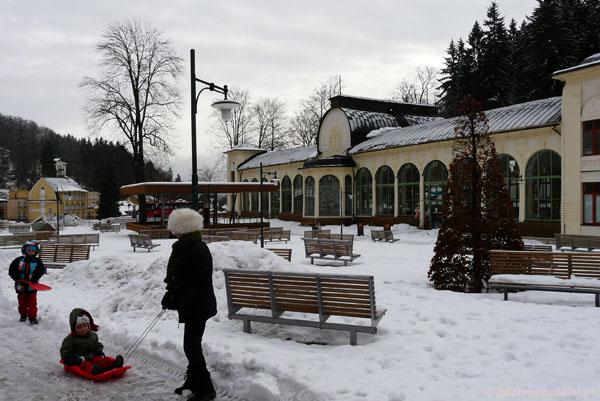 Hala spacerowa (Kolonada) w Janskich Lazniach.