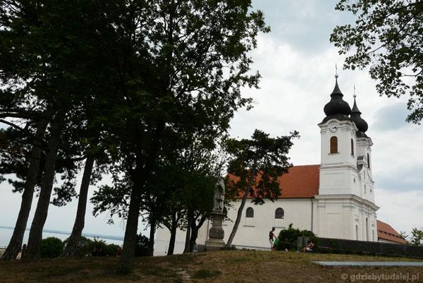 Opactwo benedyktynów (XI, przeb. XVIII barokowe), Tihany.