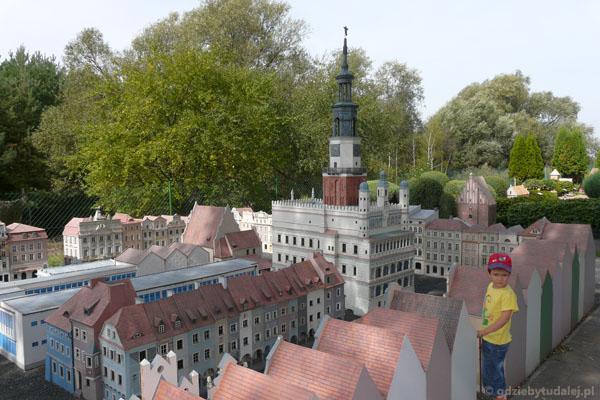 Skansen Miniatur w Pobiedziskach - poznański rynek.