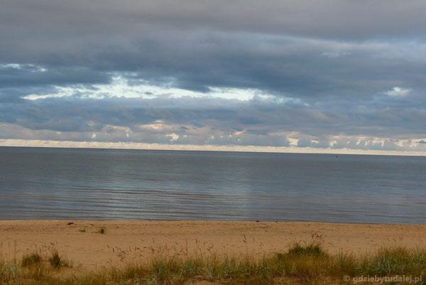 Wracamy do domu. Łotewska plaża nad ranem.