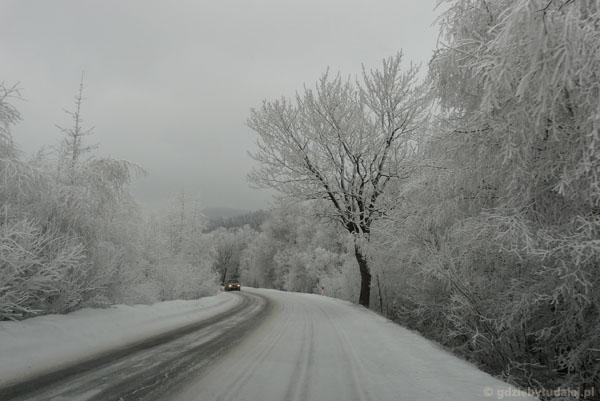 Zimowa droga przez )( Puchaczówka.
