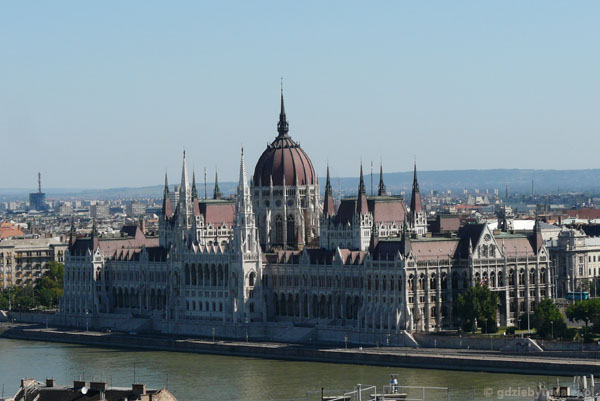 Budapeszteński Parlament (kon. XIX).