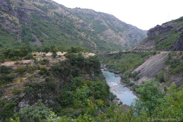 Dolina Moračy.