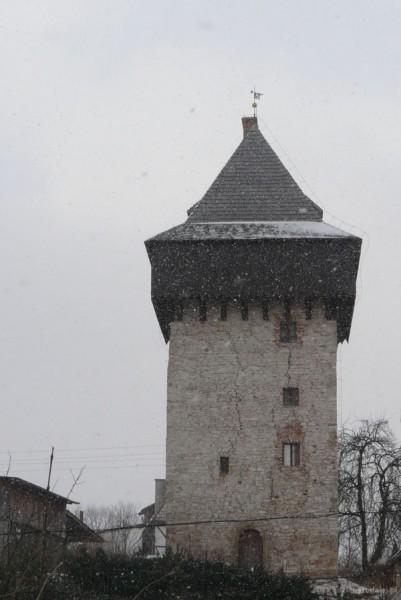 Wieża rycerska w Żelaźnie (XIV w).
