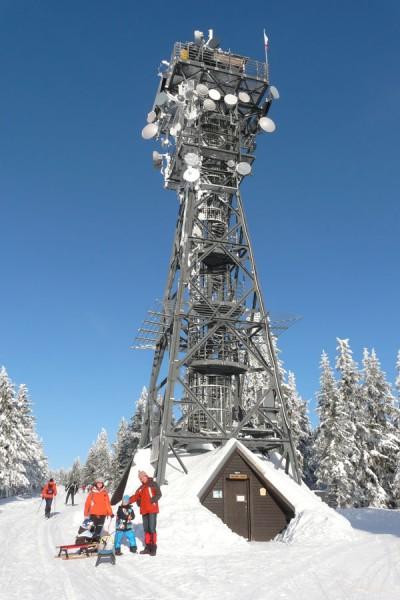 Wieża widokowa na szczycie Czarnej Góry.