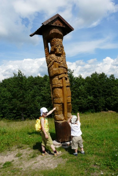 Pomnik Mendoga na Górze Józefowej.