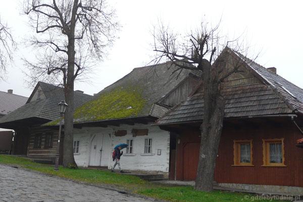 Drewniane domy (XIX) w Lanckoronie.