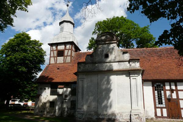 Kościół w Tychowie, murowano-szachulcowy, XV w.