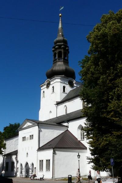 Luterańska katedra w Tallinie (odb. XVII-XVIII).