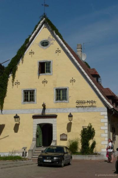To chyba dom hanzeatycki.
