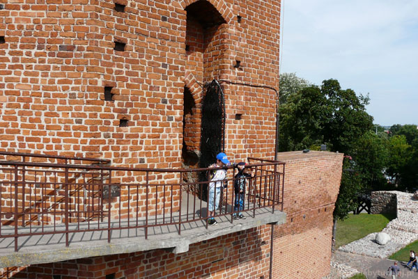Wspinamy się na Mysią Wieżę.