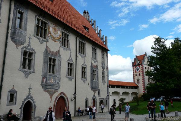 Zamek w Füssen z malowidłami iluzjonistyczymi (pocz. XVI).