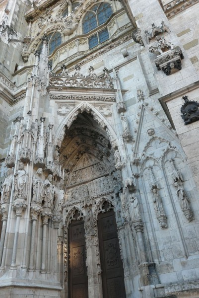 Gotycka katedra Św. Piotra (XIII-XVI).