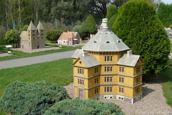 A skąd tu się wziął pałac w Antoninie...