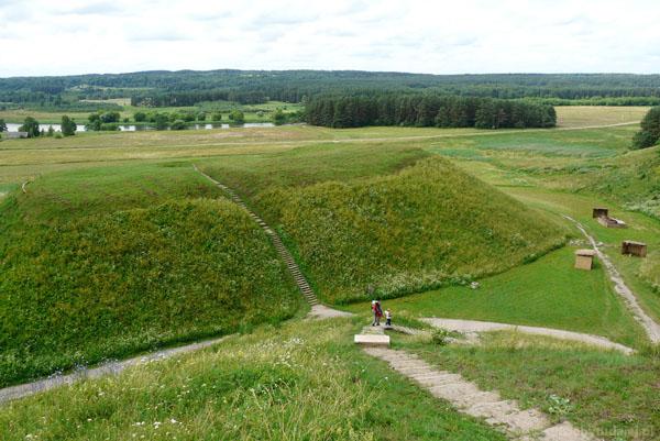 06. Rezerwat archeologiczny w Kiernowie (Kernave).