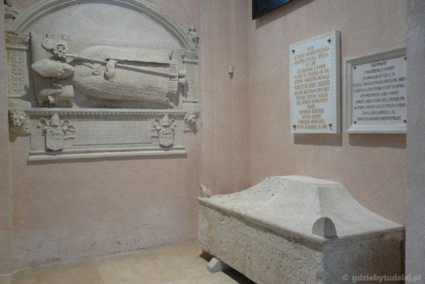 Sarkofag z IX w.