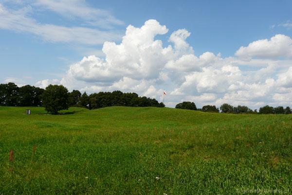 Panorama Ostrowa Lednickiego.