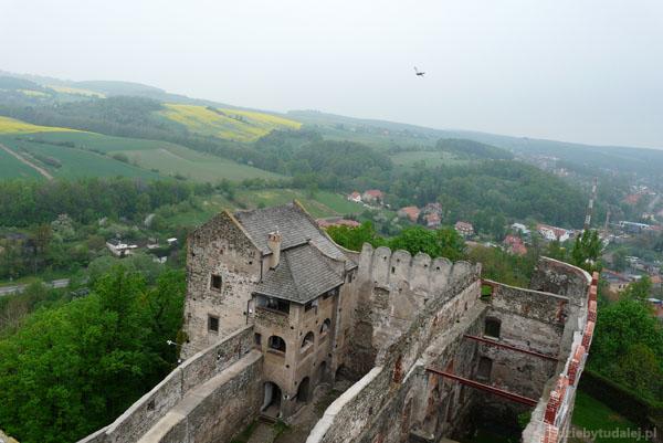 Ruiny zamku Piastów (XIII) w Bolkowie.