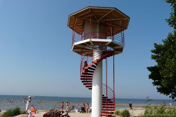 Wieża ratowników w Kabli.