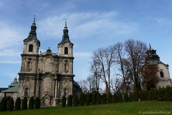 Kościół św. Wojciecha (XVIII przeb. barok.) w Jędrzejowie.