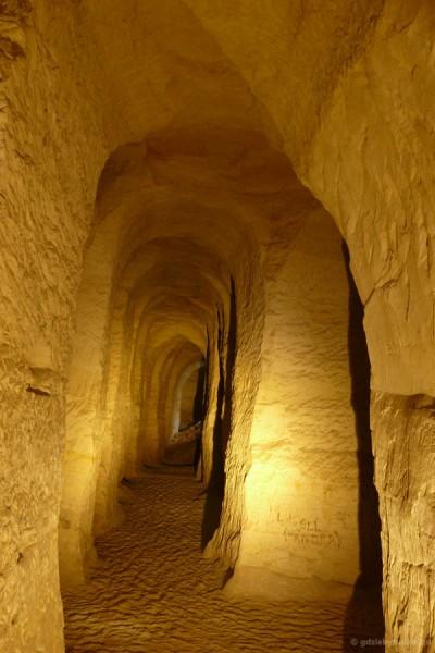 Piusa, jaskinie piaskowe.