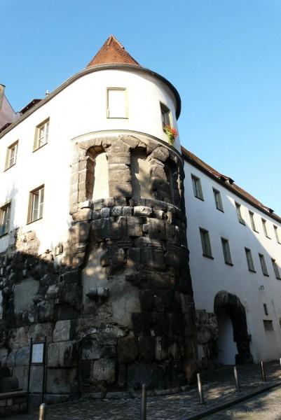 Porta praetoria - pozostałości rzymskiego obozu z II w.