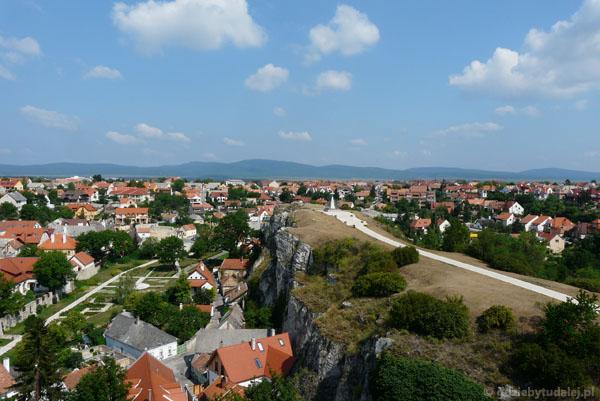Widok na wzgórze św. Benedykta.