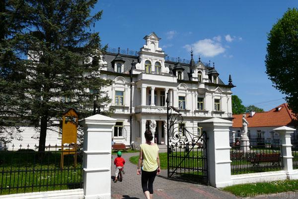 Eklektyczny (XIX-XX) Pałac Bucholtzów w Supraślu.