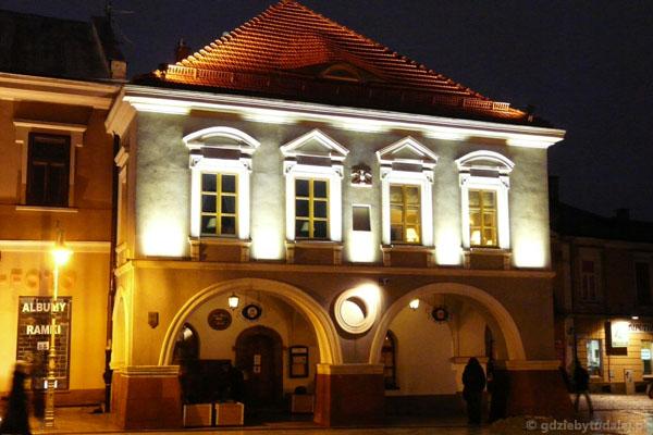 Kamienica Sołtyków (XVIII) na kieleckim rynku.