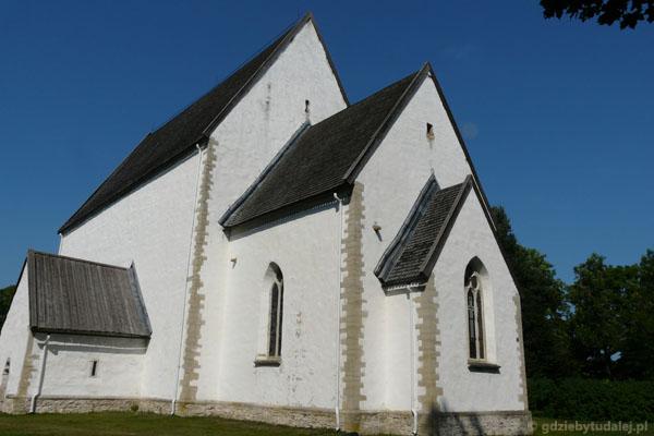 Kosciół Św. Katarzyny z Muhu (XIV), Liiva. Nie ma dzwonnicy.