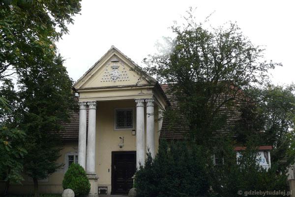 Sufragania (XVIII w) - dawna siedziba biskupów.